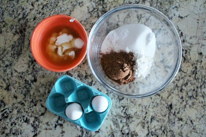 Cupcake de chocolate e peanut butter 1