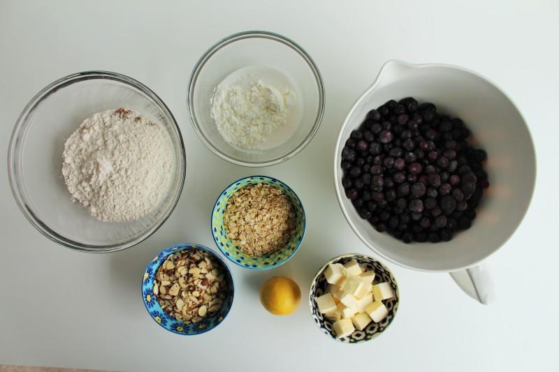 Blueberry crisp 1