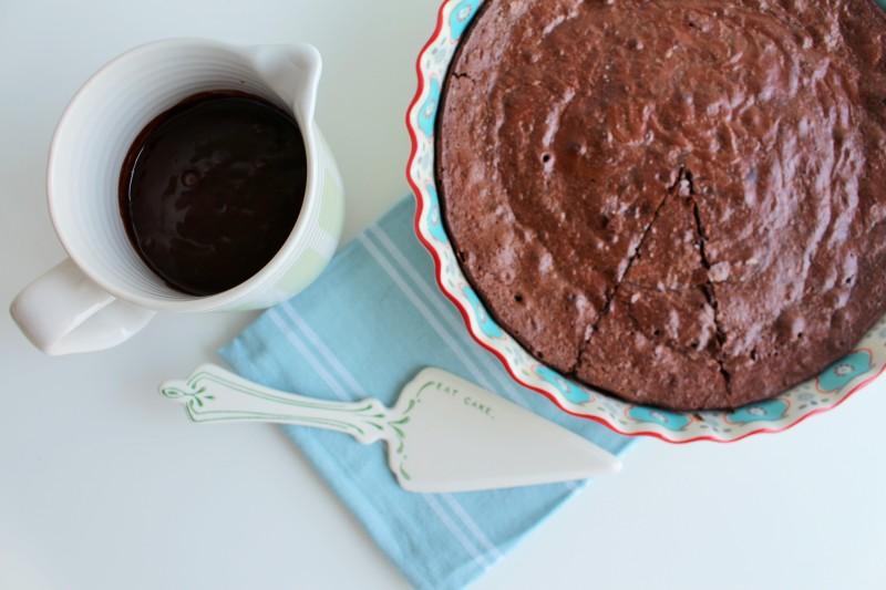 Bolo de chocolate molhado 5