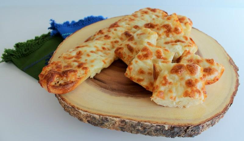 Pão de alho com queijo 8