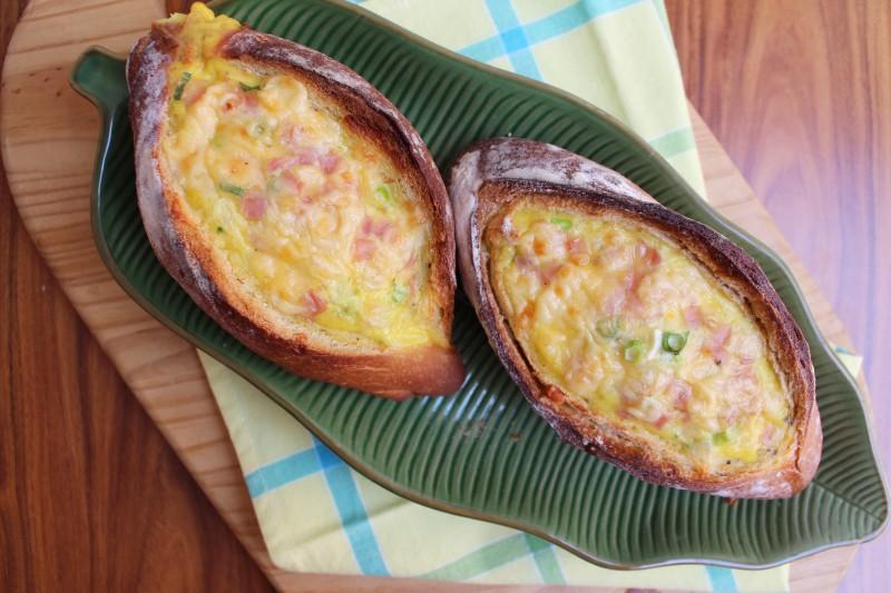 Pão recheado com ovo 6