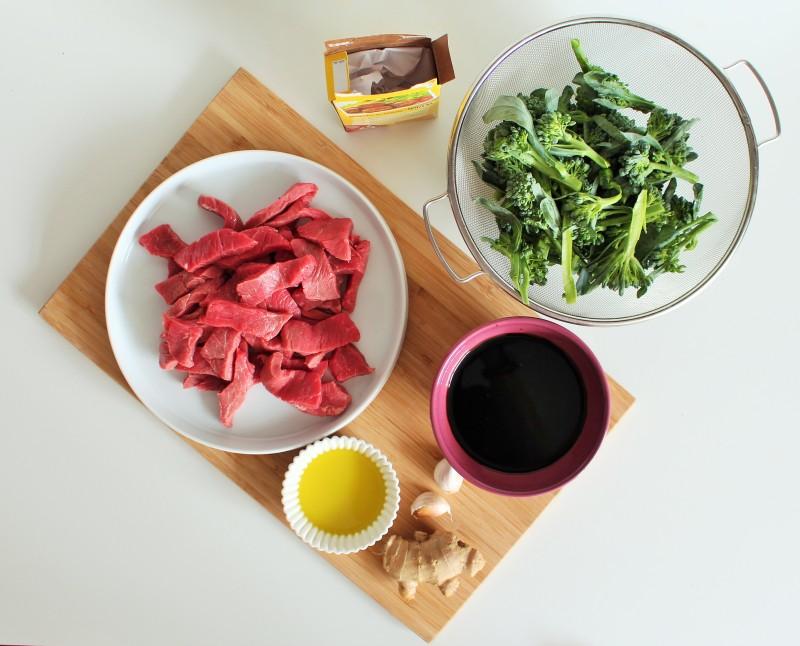Carne asiática com brócolis 1