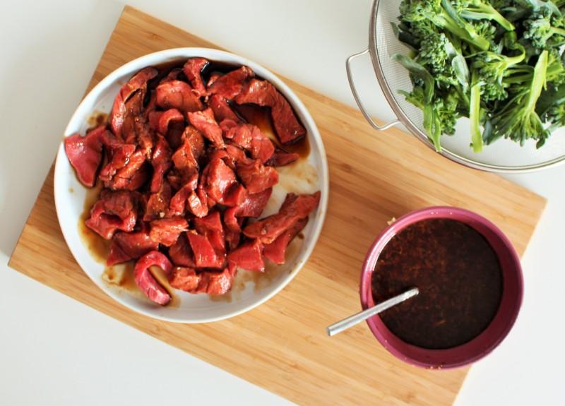 Carne asiática com brócolis 2