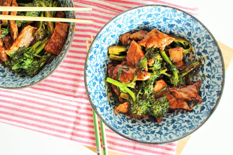 Carne asiática com brócolis 9